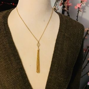 Jewelry - Gold tassel layering necklace